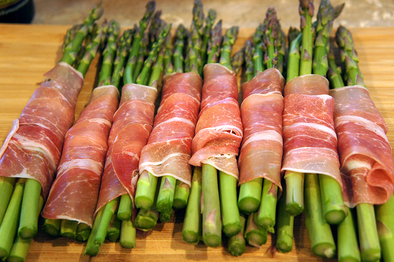Roasted Prosciutto Wrapped Asparagus Bundles Recipe — Dishmaps