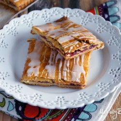 Raspberry Jam Pastry Squares from UnrulyBliss.com